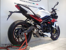 Street Triple 675 2013 Rond court GP Style